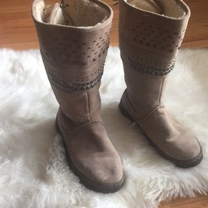 Bearpaw winter boot lace up back Sz 9 preowned